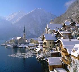 http://www.screenok.com/images/wallpapers/Hallstatt_in_Winter_Austria-686941.jpeg
