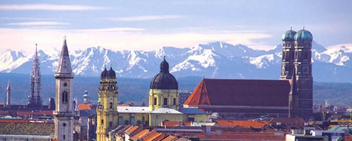 http://www.messehotel-erb-muenchen.de/files/M%C3%BCnchenbilder/Kirchentuerme__der_stadt.jpg