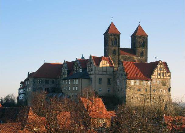 http://www.salsbiz.com/sitebuilder/images/Schlossqlb-637x505.jpg