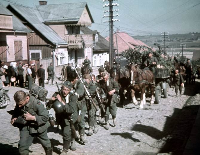 Wehrmacht soldiers in the territory of present-day Lithuania (June 1941 photo)....