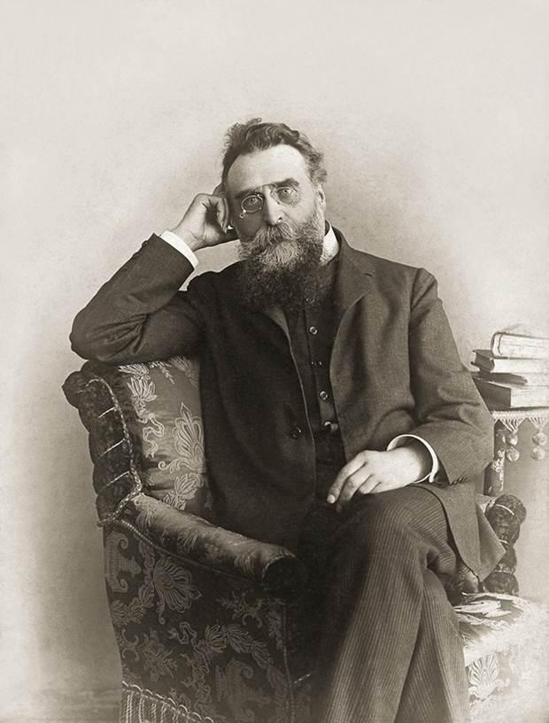 http://upload.wikimedia.org/wikipedia/commons/e/e3/Jonas_Basanavicius_(1851-1927).jpg