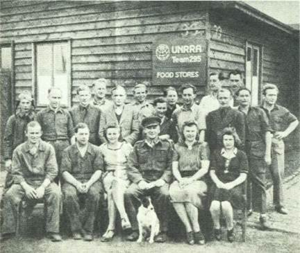 Description: http://www.albionmich.com/history/histor_notebook/images_S/employees.jpg