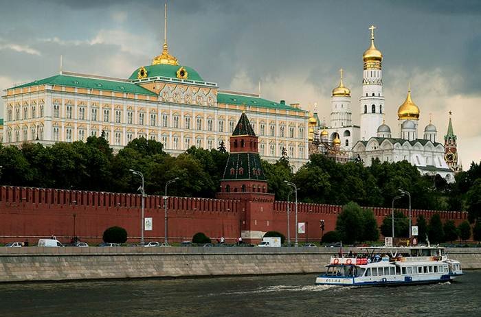 Description: File:Kremlin 27.06.2008 01.jpg