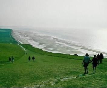 http://2.bp.blogspot.com/-KPfoRumnZpo/TfPvy44hVcI/AAAAAAAAABE/55ghsawNU-c/s1600/941976-Travel_Picture-Nord_Pas_de_Calais.jpg