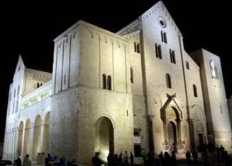 File:Bari Basilica San Nicola.jpg